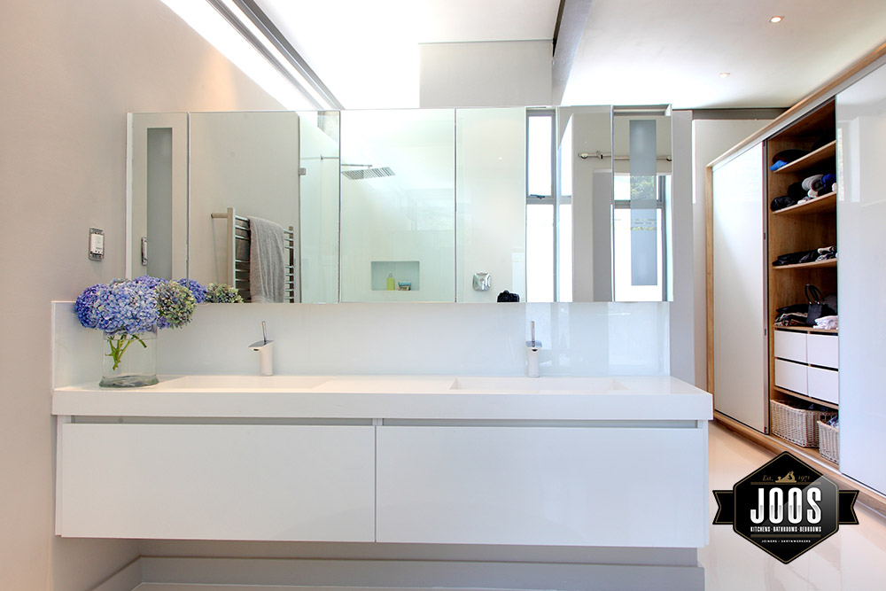 Joos joiners bespoke kitchens bathrooms and bedrooms for Bathroom furniture za