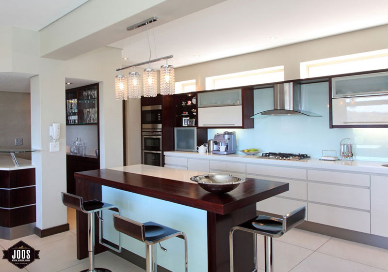 Is Mixing Kitchen Cabinet Finishes Okay Or Not: Mixing Cabinet Finishes In Your Kitchen